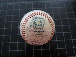 1973 American League All-Star Team autographed AL baseball (Thurman Munson Catfish Hunter Reggie Jackson Dick Williams)