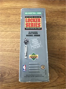 1991-92 Upper Deck NBA Basketball 400 card set in Locker Series box