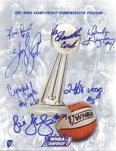 1997 Houston Comets team autographed WNBA Championship program Sheryl Swoopes Cynthia Cooper Kim Perrot (Tri-Star)