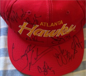 1994-95 Atlanta Hawks team autographed cap or hat (Stacey Augmon Mookie Blaylock Steve Smith Lenny Wilkens)