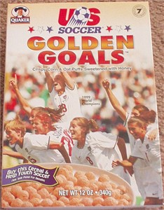 1999 US Women's World Cup Soccer Team Golden Goals cereal box (Mia Hamm Kristine Lilly Shannon MacMillan)