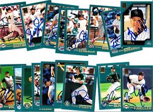 17 different autographed 2000 Topps baseball cards (Buddy Bell Shawon Dunston Shigetoshi Hasegawa Bill Mueller)