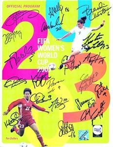 2003 US Women's World Cup Team autographed program Brandi Chastain Julie Foudy Mia Hamm Kristine Lilly Christie Rampone Abby Wambach