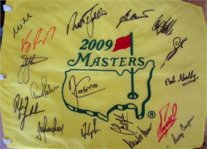 2009 Masters golf pin flag autographed by 17 winners (Fred Couples Ben Crenshaw Nick Faldo Phil Mickelson Arnold Palmer)