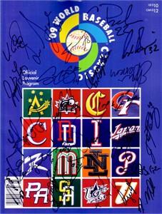 2009 Mexico team autographed World Baseball Classic program Vinny Castilla Adrian Gonzalez Teddy Higuera Joakim Soria