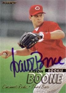 Aaron Boone autographed Cincinnati Reds 1997 Fleer card