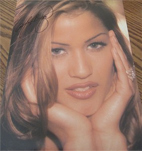 Alley Baggett autographed 11x14 portrait pretty face calendar photo