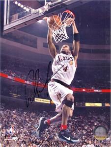 Andre Iguodala autographed Philadelphia 76ers 8x10 photo