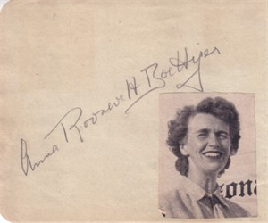 Anna Roosevelt (FDR's daughter) autographed autograph album or book page