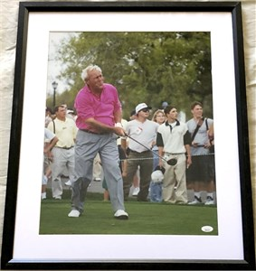 Arnold Palmer autographed 16x20 poster size golf photo