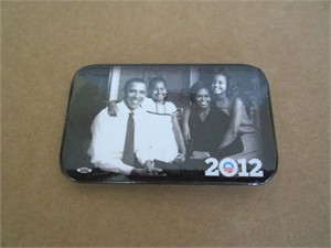 Barack Obama 2012 campaign family portrait button