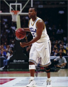 Baron Davis autographed UCLA Bruins 8x10 photo