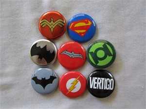 Batman Flash Green Lantern Superman Wonder Woman DC Comics promo button or pin set