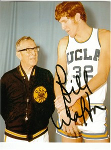 Bill Walton UCLA 8x10 photo with John Wooden (preprinted autograph)