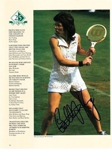 Billie Jean King autographed vintage tennis magazine photo
