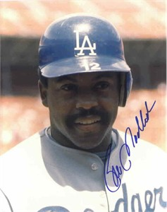 Bill Madlock autographed 8x10 Los Angeles Dodgers photo