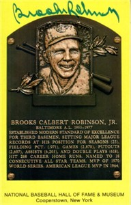 Brooks Robinson autographed Baseball Hall of Fame plaque postcard (JSA)