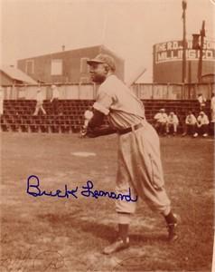 Buck Leonard autographed 8x10 photo
