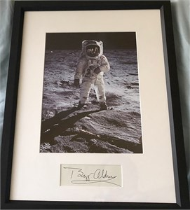 Buzz Aldrin autograph matted & framed with Apollo 11 8x10 photo