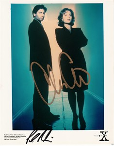 Chris Carter autographed X-Files 8x10 photo inscribed TRUST NO ONE
