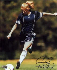 Cindy Parlow autographed 8x10 soccer photo (Steiner)