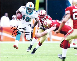 Davone Bess autographed Miami Dolphins 8x10 photo