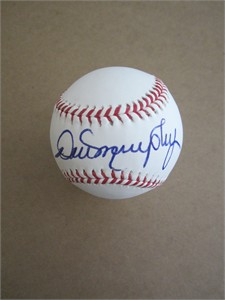 Dale Murphy autographed Rawlings official baseball (MLB authenticated)