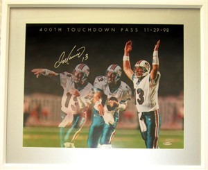 Dan Marino autographed Miami Dolphins 400th TD Pass UDA 16x20 poster size photo matted & framed #199/213