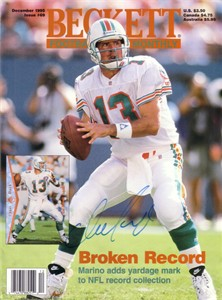 Dan Marino autographed Miami Dolphins 1995 Beckett Football cover