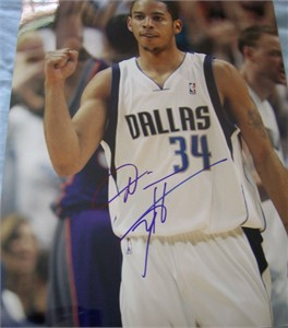 Devin Harris autographed Dallas Mavericks 11x14 photo