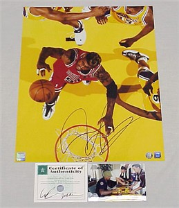 Dennis Rodman autographed Chicago Bulls 16x20 poster size photo (Superstar Greetings)