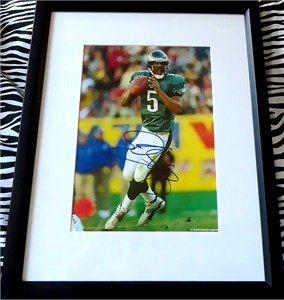 Donovan McNabb autographed Philadelphia Eagles 8x10 photo matted & framed