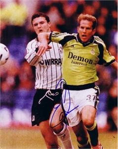 Eddie Lewis autographed Fulham 8x10 photo