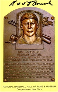 Edd Roush (Cincinnati Reds) autographed Baseball Hall of Fame plaque postcard