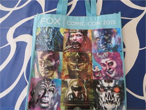 Fox 2015 San Diego Comic-Con promo bag (Alien Predator Terminator X-Men etc)