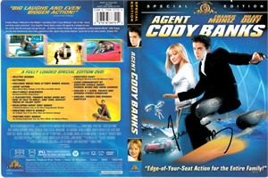 Frankie Muniz autographed Agent Cody Banks DVD cover insert