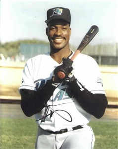 Fred McGriff autographed Tampa Bay Devil Rays 8x10 photo