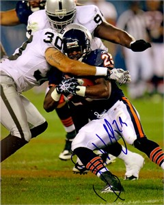 Garrett Wolfe autographed Chicago Bears 8x10 photo