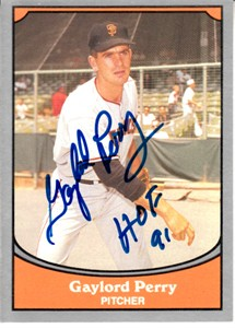 Gaylord Perry autographed San Francisco Giants 1990 Pacific Legends card (MLB authenticated)
