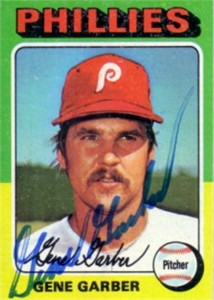 Gene Garber autographed Philadelphia Phillies 1975 Topps mini card