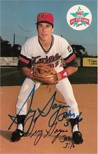 Greg Gagne autographed Minnesota Twins 1985 photo postcard