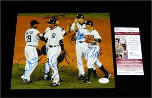 2006 Detroit Tigers autographed 8x10 World Series photo JSA (Ivan Rodriguez Carlos Guillen Brandon Inge Todd Jones Ramon Santiago)