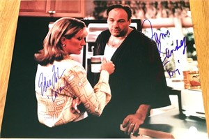 James Gandolfini & Edie Falco autographed Sopranos 16x20 poster size photo (in the kitchen)