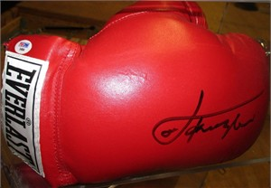 Joe Frazier autographed Everlast boxing glove