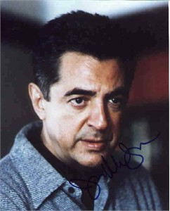Joe Mantegna autographed 8x10 portrait photo