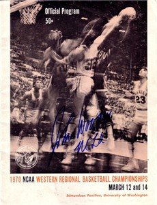 John Wooden autographed UCLA Bruins 1970 NCAA Tournament program