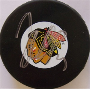 Jonathan Toews autographed Chicago Blackhawks puck
