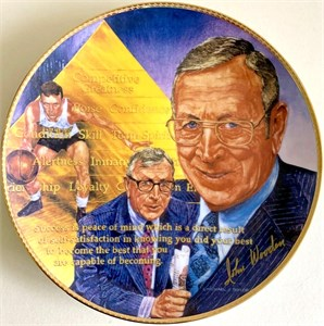 John Wooden autographed UCLA Bruins Gartlan plate (limited edition 1975)
