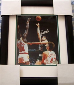 Kevin McHale autographed Boston Celtics 8x10 photo matted & framed
