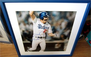 Kirk Gibson autographed Los Angeles Dodgers 1988 World Series Home Run vertical photo matted & framed (Steiner)